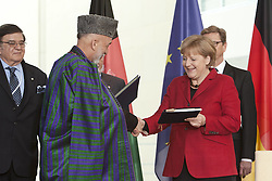 Bildnummer: 57994139..Afghanistan President Hamid Karzai with Chancellor Angela Merkel CDU hold a press conference in Federal Chancellery in Berlin, Wednesday May 16, 2012. Photo By imago/I-Images