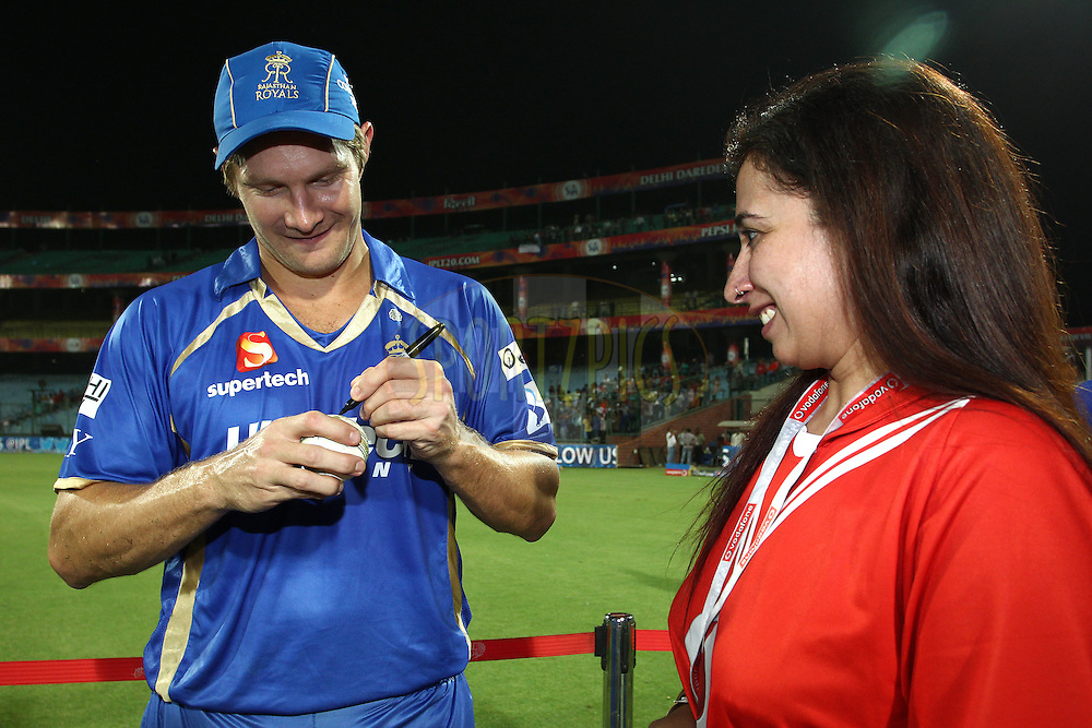 Shane Watson captain of the Rajasthan Royals signs the match ball for the Vodafone Super Fan during match 23 of the Pepsi Indian Premier League Season 2014 between the Delhi Daredevils and the Rajasthan Royals held at the Feroze Shah Kotla cricket stadium, Delhi, India on the 3rd May  2014<br /> <br /> Photo by Shaun Roy / IPL / SPORTZPICS<br /> <br /> <br /> <br /> Image use subject to terms and conditions which can be found here:  http://sportzpics.photoshelter.com/gallery/Pepsi-IPL-Image-terms-and-conditions/G00004VW1IVJ.gB0/C0000TScjhBM6ikg