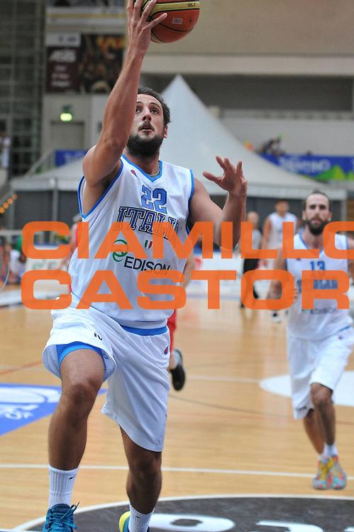 DESCRIZIONE : Trento Trentino Basket Cup Italia Georgia<br /> GIOCATORE : marco belinelli<br /> CATEGORIA : tiro<br /> SQUADRA : Nazionale Italia Maschile<br /> EVENTO :  Trento Trentino Basket Cup<br /> GARA : Italia Georgia<br /> DATA : 07/08/2013<br /> SPORT : Pallacanestro<br /> AUTORE : Agenzia Ciamillo-Castoria/M.Gregolin<br /> Galleria : FIP Nazionali 2013<br /> Fotonotizia : Trento Trentino Basket Cup Italia Georgia<br /> Predefinita :