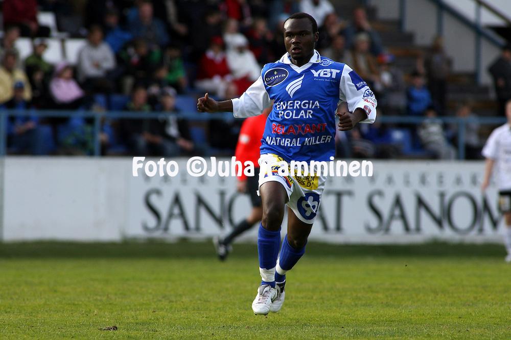 26.05.2008, Tehtaankentt?, Valkeakoski, Finland..Veikkausliiga 2008 - Finnish League 2008.FC Haka - Rovaniemen Palloseura.Chileshe Chibwe - RoPS.©Juha Tamminen.....ARK:k