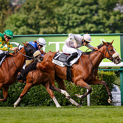 Jadala (E. Hardouin) wins Prix Le Bonbon Handicap in Saint-Cloud, 14/07/2017, photo: Zuzanna Lupa / Racingfotos.com