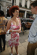 CLEO ROCOS, Party for House of Waris jewelry collection hosted by Daphne Guinness, Alice Bamford and Wes Anderson. Dover St. market. London. 8 June 2006. ONE TIME USE ONLY - DO NOT ARCHIVE  © Copyright Photograph by Dafydd Jones 66 Stockwell Park Rd. London SW9 0DA Tel 020 7733 0108 www.dafjones.com