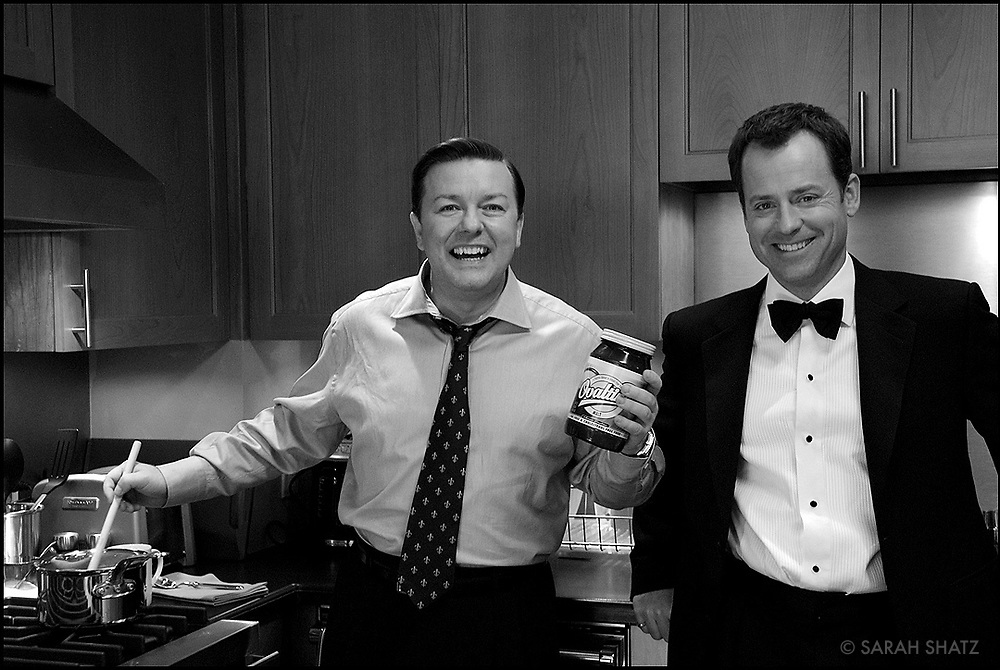 "Ricky Gervais, Greg Kinnear, in between takes on the set of ""Ghost Town"" (Dir: David Koepp, 2008)"