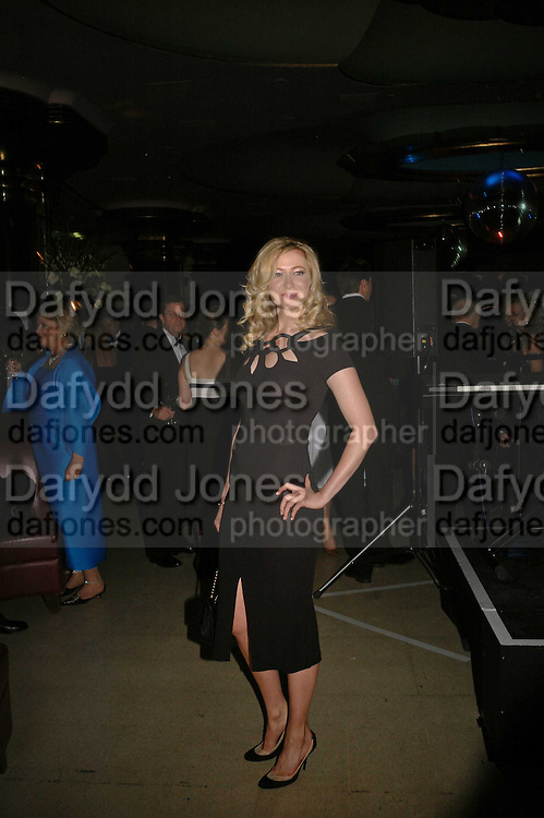 Sioban Hewlett, Royal Court Theatre 50th Anniversary Gala sponsored by Vanity Fair. Titanic. Brewer St. London. 26 April 2006. ONE TIME USE ONLY - DO NOT ARCHIVE  © Copyright Photograph by Dafydd Jones 66 Stockwell Park Rd. London SW9 0DA Tel 020 7733 0108 www.dafjones.com
