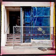 Serie Altona Hamburg. Photography, C-Print.  Nero Pécora/La pared