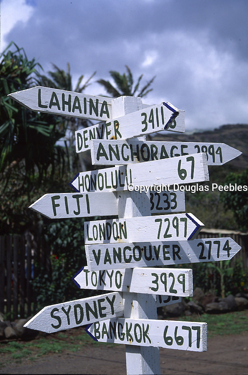 Direction milage sign, Molokai, Hawaii<br />