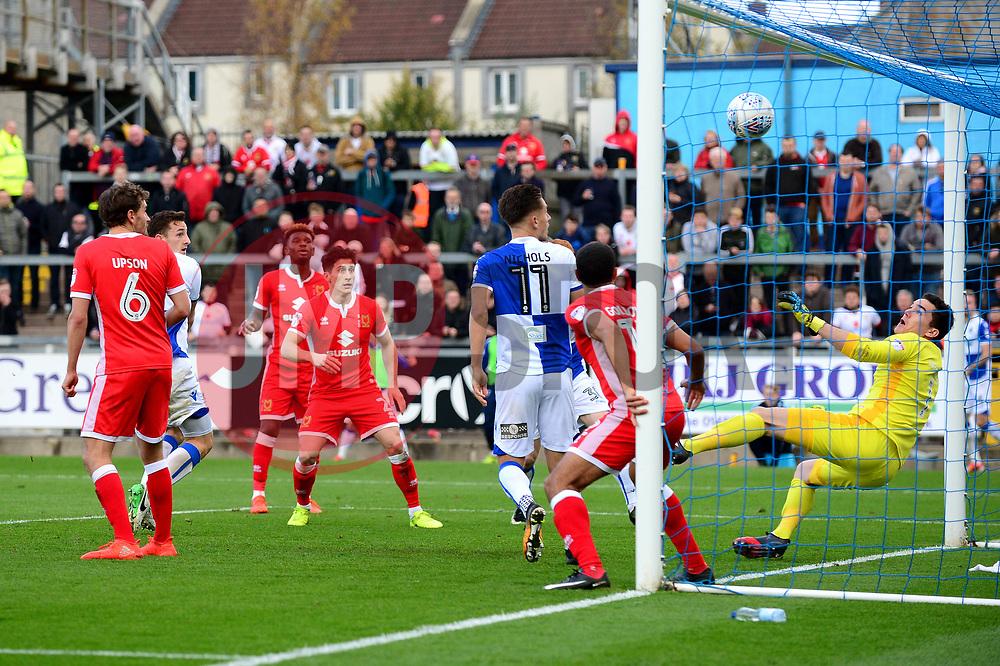 Tom Lockyer of Bristol Rovers heads towards goal - Mandatory by-line: Dougie Allward/JMP - 28/10/2017 - FOOTBALL - Memorial Stadium - Bristol, England - Bristol Rovers v Milton Keynes Dons - Sky Bet League One