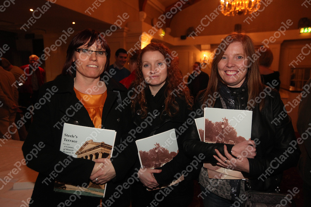 Dervilla and Louise Moloney and Helen O Brien pictured at the launch of Steeles Terrace in the Old Ground Hotel Ennis on Thursday.<br /> Pic. Brian Arthur/ Press 22.