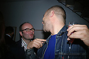 Thomas Demand and Wolfgang Tillmans, Party hosted by Sir Richard and Lady Ruth Rogers at their house in Chelsea  to celebrate the extraordinary achievement of completing this year's Pavilion  by Olafur Eliasson and Kjetil Thorsenat at the Serpentine.  13 September 2007. -DO NOT ARCHIVE-© Copyright Photograph by Dafydd Jones. 248 Clapham Rd. London SW9 0PZ. Tel 0207 820 0771. www.dafjones.com.