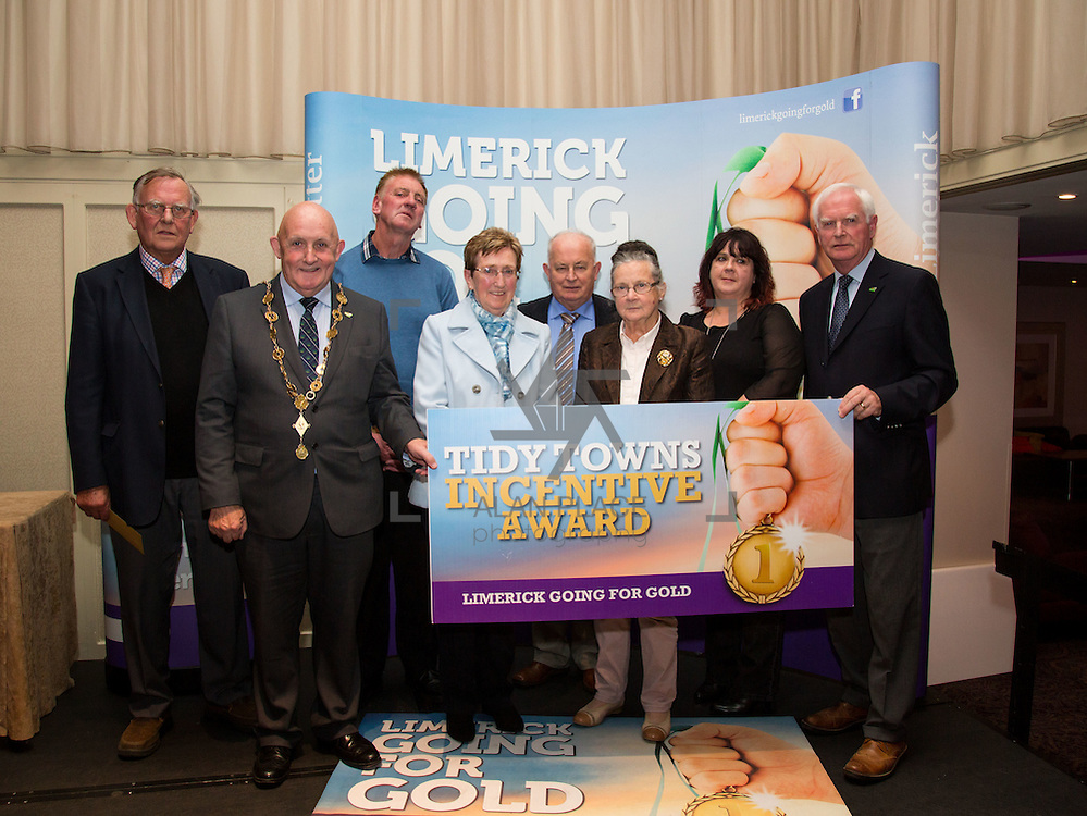 11.10.2016         <br /> The West of Limerick is awake and celebrating after Glin was announced as overall winner of Limerick Going for Gold 2016.<br /> Mayor of Limerick Cllr. Kieran O'Hanlon and Gerry Boland, JP McManus Foundation present Tidy Towns Incentive Awards to Castleconnell, Tidiness and Litter Control, Kilmallock, Sustainable Waste Management, Bradford and Mountcollins, Wildlife and Natural Amenities, Ardpatrick and Adare, Landscaping and Open Spaces. Picture: Alan Place