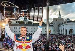 15.04.2016, Kapitelplatz, Salzburg, AUT, EBEL, Meisterfeier EC Red Bull Salzburg, im Bild Andreas Kristler (EC Red Bull Salzburg) // Andreas Kristler (EC Red Bull Salzburg) during the Erste Bank Icehockey Liga Championships Party of EC Red Bull Salzburg at the Kapitelplatz in Salzburg, Austria on 2016/04/15. EXPA Pictures © 2016, PhotoCredit: EXPA/ JFK