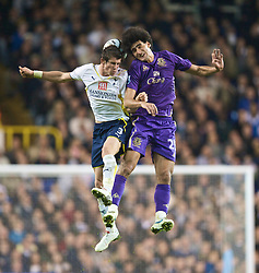 LONDON, ENGLAND - Tuesday, October 27, 2009: Everton's Marouane Fellaini and Tottenham Hotspur's Gareth Bale during the League Cup 4th Round match at White Hart Lane. (Photo by David Rawcliffe/Propaganda)