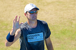 LIVERPOOL, ENGLAND - Sunday, June 18, 2017: Robert Kendrick (USA), wearing an Everton FC Goodison Park L4 t-shirt, during Day Four of the Liverpool Hope University International Tennis Tournament 2017 at the Liverpool Cricket Club. (Pic by David Rawcliffe/Propaganda)