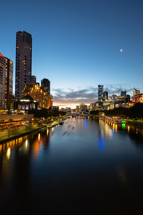 Yarra River and Melbourne skyline at sunset