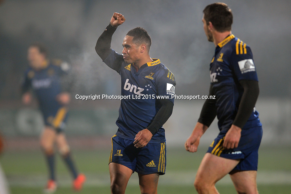 Aaron Smith of the Highlanders celebrates after defeating the Chiefs, following the Super Rugby Match between the Highlanders and the Chiefs, held at Rugby Park, Invercargill, New Zealand, 30th May 2015. Credit: Joe Allison / www.Photosport.co.nz