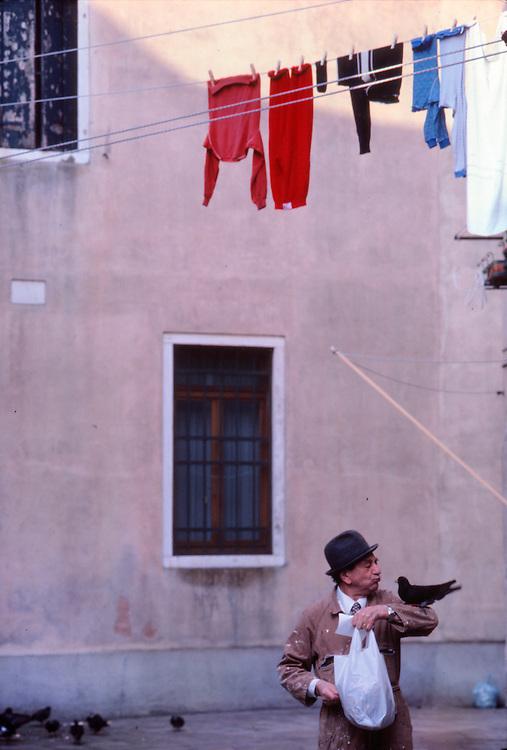 Pigeon Man, Venice
