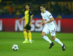 November 21, 2017 - Dortmund, Germany - Tottenham Hotspur's Harry Winks. during UEFA Champion  League Group H Borussia Dortmund between Tottenham Hotspur played at Westfalenstadion, Dortmund, Germany 21 Nov 2017  (Credit Image: © Kieran Galvin/NurPhoto via ZUMA Press)