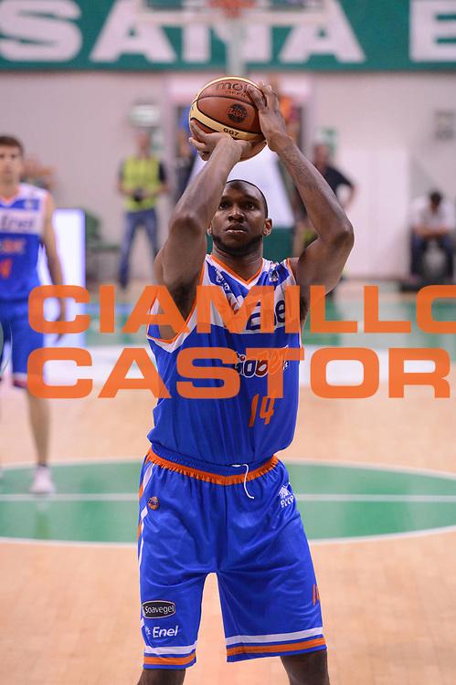 DESCRIZIONE : Siena Lega Basket A 2012-13  Montepaschi Siena Enel Brindisi<br /> GIOCATORE : Cedric Simmons<br /> CATEGORIA : tiro<br /> SQUADRA : Enel Brindisi<br /> EVENTO : Campionato Lega A 2012-2013 <br /> GARA : Montepaschi Siena Enel Brindisi<br /> DATA : 26/09/2012<br /> SPORT : Pallacanestro  <br /> AUTORE : Agenzia Ciamillo-Castoria/ GiulioCiamillo<br /> Galleria : Lega Basket A 2012-2013  <br /> Fotonotizia : Siena Lega Basket A 2012-13 Montepaschi Siena Enel Brindisi<br /> Predefinita :