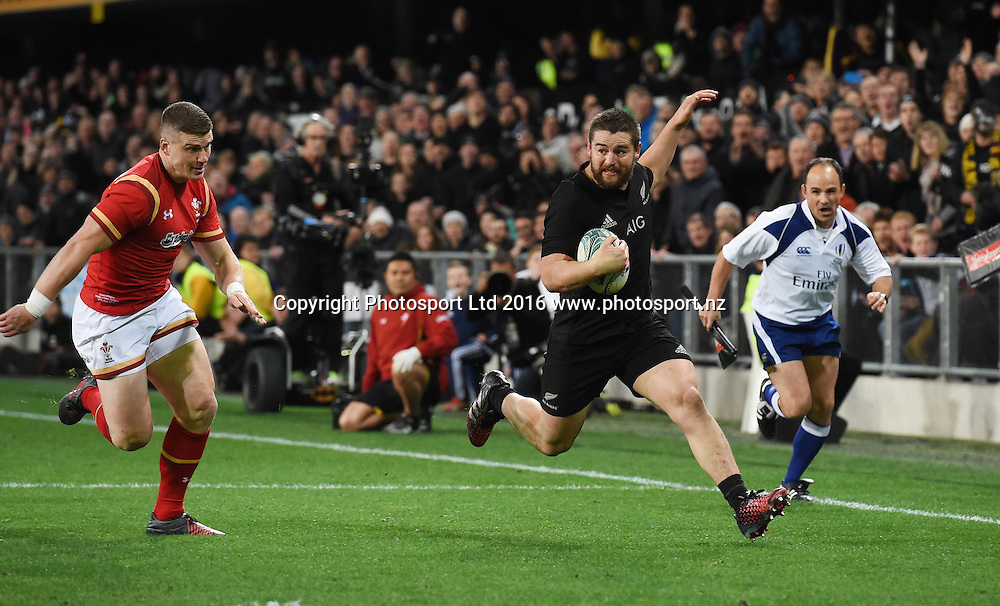 Dane Coles. New Zealand All Blacks v Wales. Rugby Union. 3rd test match of the Steinlager series. Forsyth Barr Stadium, Dunedin, New Zealand. Saturday 25 June 2016. © Copyright Photo: Andrew Cornaga / www.Photosport.nz