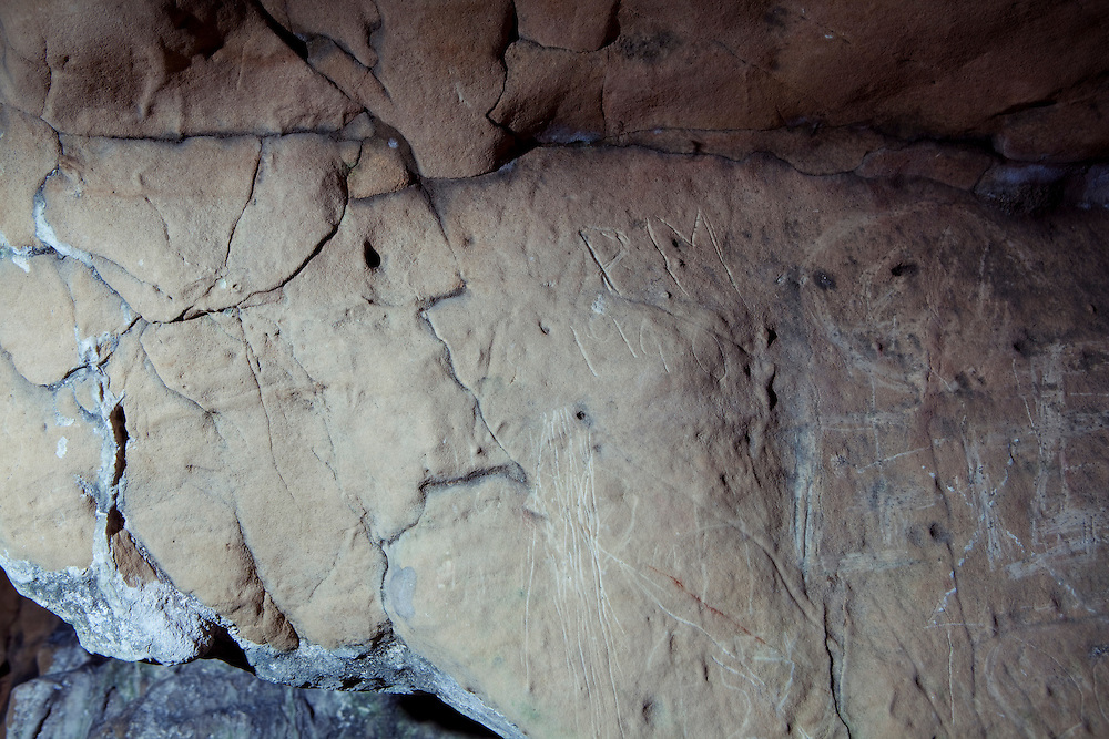 Cave drawings, Creswell Crags