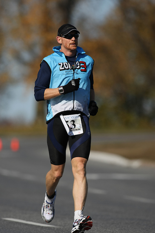 (Ottawa, ON---18 October 2008) RICHARD CAWTHORN competes in the 2008 TransCanada 10km Canadian Road Race Championships. Photograph copyright Sean Burges/Mundo Sport Images (www.msievents.com).