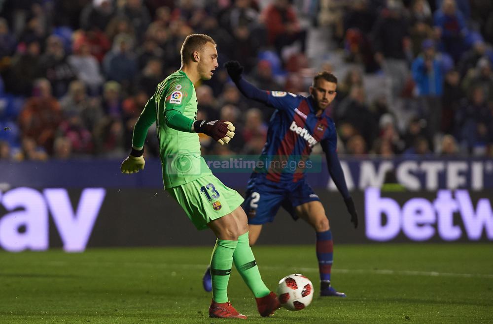 صور مباراة : ليفانتي - برشلونة 2-1 ( 10-01-2019 ) 20190110-zaa-n230-423
