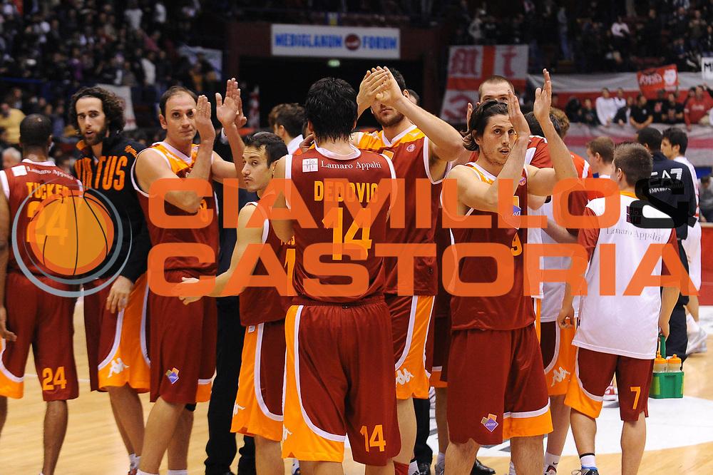 DESCRIZIONE : Milano Lega A 2011-12 EA7 Emporio Armani Milano Acea Roma<br /> GIOCATORE : team Roma<br /> CATEGORIA : Ritratto Delusione<br /> SQUADRA : Acea Roma<br /> EVENTO : Campionato Lega A 2011-2012<br /> GARA : EA7 Emporio Armani Milano Acea Roma<br /> DATA : 03/01/2012<br /> SPORT : Pallacanestro<br /> AUTORE : Agenzia Ciamillo-Castoria/A.Dealberto<br /> Galleria : Lega Basket A 2011-2012<br /> Fotonotizia : Milano Lega A 2011-12 EA7 Emporio Armani Milano Acea Roma<br /> Predefinita :