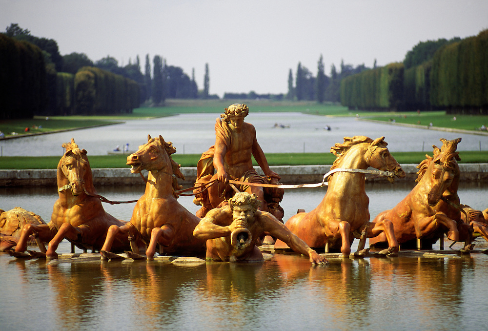 France, Palace of Versailles, fountain of Apollo and Grand Canal.
