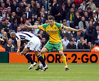 Photo: Mark Stephenson.<br /> West Bromwich Albion v Norwich City. Coca Cola Championship. 27/10/2007.Norwich's Jason Shackell goes for the ball