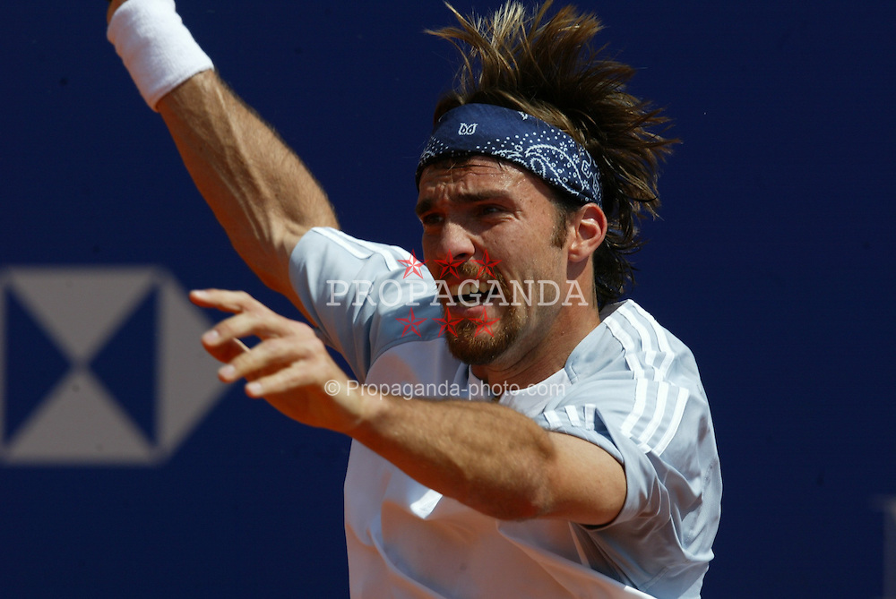 MONTE-CARLO, MONACO - Monday, April 14, 2003: Alberil Portas (Spain) in action during the 1st Round of the Tennis Masters Monte-Carlo. (Pic by David Rawcliffe/Propaganda)