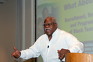 Reg Weaver, President National Education Association USA;  speaking at the Unions Black Teachers Conference 2005..© Martin Jenkinson, tel/fax 0114 258 6808 mobile 07831 189363 email martin@pressphotos.co.uk. Copyright Designs & Patents Act 1988, moral rights asserted credit required. No part of this photo to be stored, reproduced, manipulated or transmitted to third parties by any means without prior written permission
