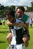 Siena 29-05-2005<br />Campionato di calcio serie A 2004-05 Siena Atalanta<br />Nella foto D' aversa che esulta a fine partita<br />Foto Snapshot / Graffiti