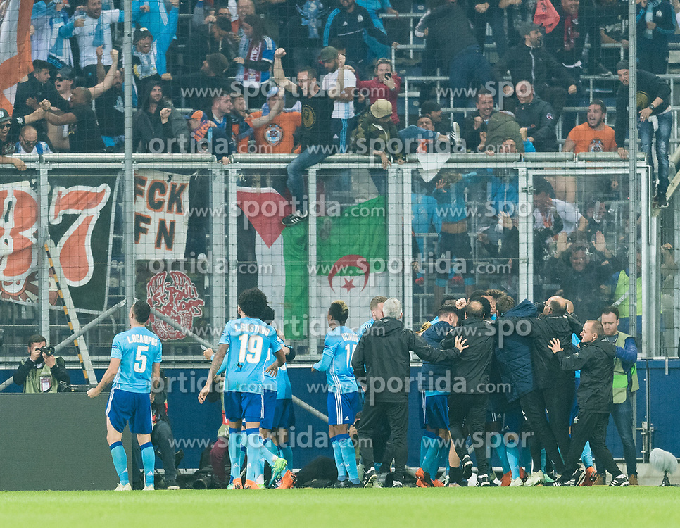 03.05.2018, Red Bull Arena, Salzburg, AUT, UEFA EL, FC Salzburg vs Olympique Marseille, Halbfinale, Rueckspiel, im Bild Torjubel zum 2:1 durch Rolando (Olympique Marseille) // during the UEFA Europa League Semifinal, 2nd Leg Match between FC Salzburg and Olympique Marseille at the Red Bull Arena in Salzburg, Austria on 2018/05/03. EXPA Pictures © 2018, PhotoCredit: EXPA/ Stefan Adelsberger