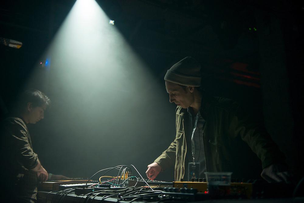 NO UFO'S (CA), Nocturne 5, Post-Romantique, Société des arts technologiques [SAT], 3 juin 2012.