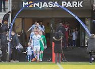 FODBOLD: Anfører Andreas Holm (FC Helsingør) fører sit hold ud til kampen i NordicBet Ligaen mellem FC Fredericia og FC Helsingør den 10. marts 2019 på Monjasa Park i Fredericia. Foto: Claus Birch