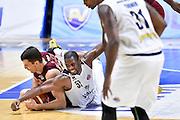 Benjamin Ortenr, Terrel Holloway<br /> Vanoli Cremona - Umana Reyer Venezia<br /> Lega Basket Serie A 2016/2017<br /> Cremona, 14/09/2016<br /> Foto Ciamillo-Castoria
