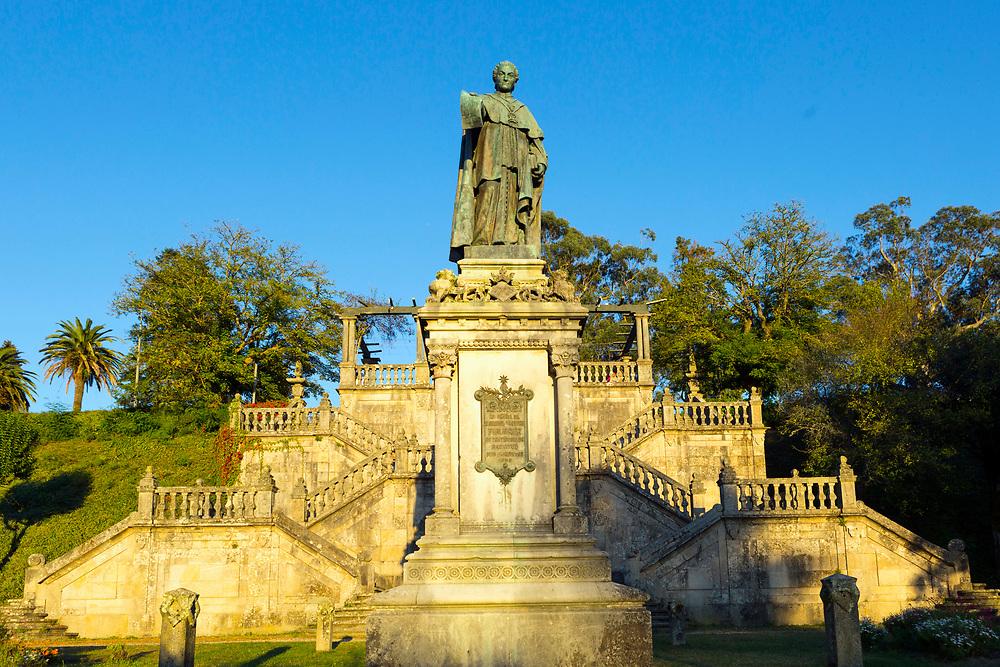Statue of Manuel Ventura, Alameda park, Santiago de Compostela, Galicia, Spain, 2017-10-09.