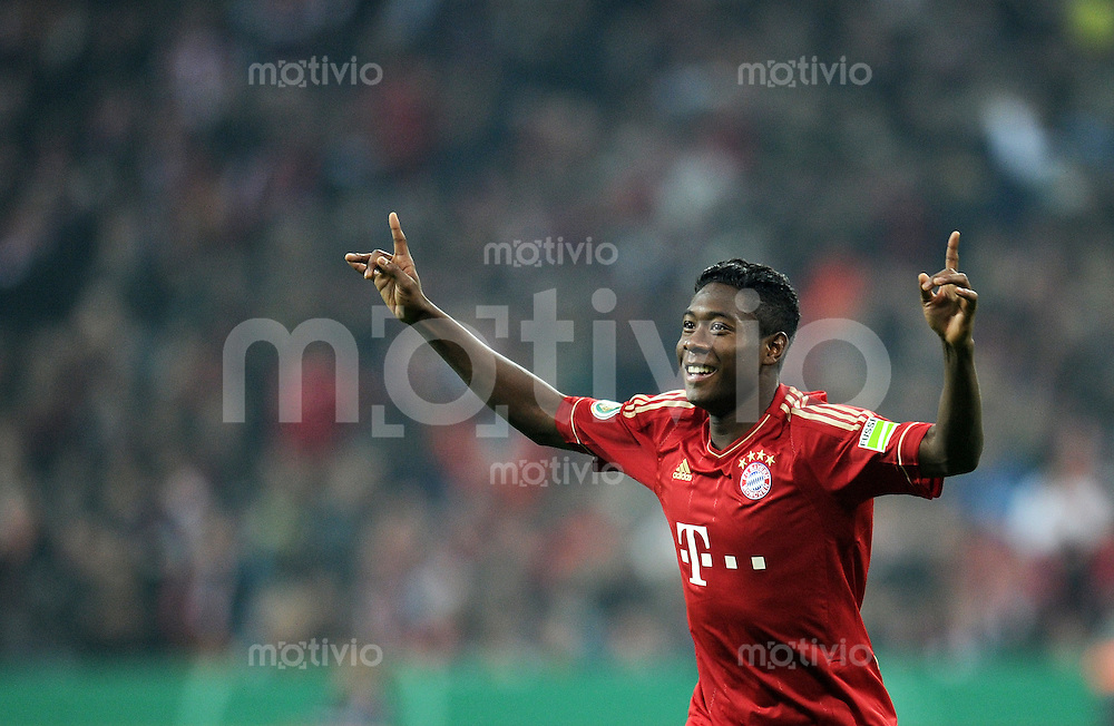 Fussball DFB Pokal:  Saison   2011/2012  2. Runde  26.10.2011 FC Bayern Muenchen - FC Ingolstadt 04 JUBEL nach seinem TOR David Alaba (FC Bayern Muenchen)