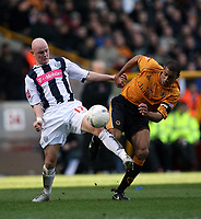 Photo: Rich Eaton.<br /> <br /> Wolverhampton Wanderers v West Bromwich Albion. The FA Cup. 28/01/2007. West Broms Richard Chaplow left,and Wolves captain Karl Henry clash