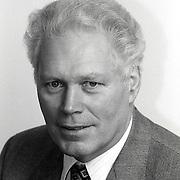 NLD/Huizen/19911114 - Jaap Westland CDA raadslid gemeenteraad Huizen