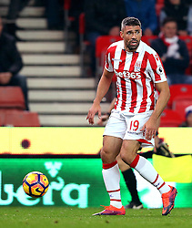 Jonathan Walters of Stoke City runs with the ball - Mandatory by-line: Robbie Stephenson/JMP - 31/10/2016 - FOOTBALL - Bet365 Stadium - Stoke-on-Trent, England - Stoke City v Swansea City - Premier League