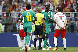 (L-R) Maciej Rybus of Poland, Sadio Mane of Senegal, referee Nawaf Shukralla, Salif Sane of Senegal, Grzegorz Krychowiak of Poland during the 2018 FIFA World Cup Russia group H match between Poland and Senegal at the Otkrytiye Arena on June 19, 2018 in Moscow, Russia