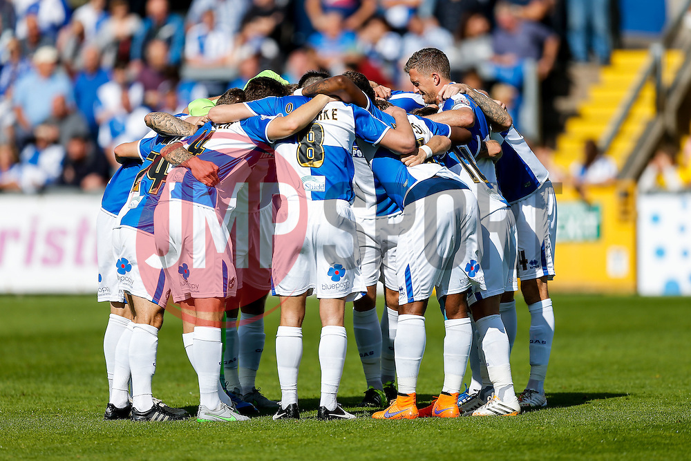 Lee Mansell of Bristol Rovers leads his players in a huddle before kickoff  - Mandatory byline: Rogan Thomson/JMP - 07966 386802 - 12/09/2015 - FOOTBALL - Memorial Stadium - Bristol, England - Bristol Rovers v Accrington Stanley - Sky Bet League 2.