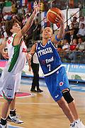 DESCRIZIONE : Ortona Italy Italia Eurobasket Women 2007 Bielorussia Italia Belarus Italy <br /> GIOCATORE : Francesca Zara <br /> SQUADRA : Nazionale Italia Donne Femminile <br /> EVENTO : Eurobasket Women 2007 Campionati Europei Donne 2007 <br /> GARA : Bielorussia Italia Belarus Italy <br /> DATA : 03/10/2007 <br /> CATEGORIA : Tiro <br /> SPORT : Pallacanestro <br /> AUTORE : Agenzia Ciamillo-Castoria/S.Silvestri <br /> Galleria : Eurobasket Women 2007 <br /> Fotonotizia : Ortona Italy Italia Eurobasket Women 2007 Bielorussia Italia Belarus Italy <br /> Predefinita :