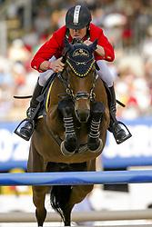 Govoni Gianni - Loro Piana Havinia<br /> Final 25 round 1<br /> World Equestrian Games Jerez de la Fronteira 2002<br /> Photo © Dirk Caremans