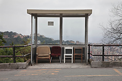 Fermata del bus nel quartiere popolare del biscione, conosciuto anche come Forte Quezzi . Complesso di edilizia popolare sorto alla fine degli anni sessanta sulle alture fra Marassi e Quezzi. Bus stop in the popular neighborhood of the big snake, also known as Fort Quezzi. Public housing complex built in the late sixties and on the hills between Marassi and Quezzi