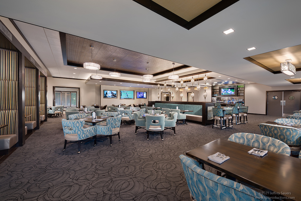 Interior photo of Ravinia Green Country Club in Chicago Illinois by Jeffrey Sauers of Commercial Photographics, Architectural Photo Artistry in Washington DC, Virginia to Florida and PA to New England