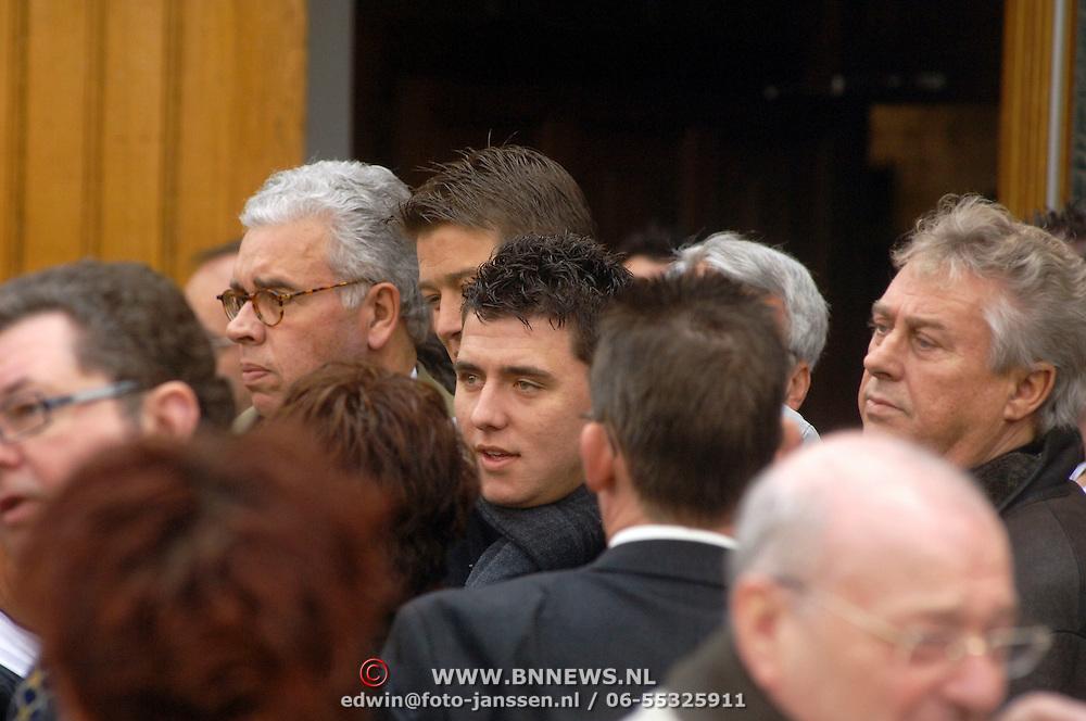 NLD/Utrecht/20060414 - Uitvaart Wout van Doleweerd, Jan Smit