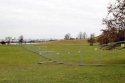 25.12.2011, Olympiapark, Muenchen, GER, FIS Weltcup Ski Alpin, Paralellslalom, Absage wegen Schneemangel, im Bild Absperrungen im Gruenen // feature for cancellation of the Audi FIS Ski World Cup in Munich, on 2011/12/25, Olympiapark, Munich, Germany. EXPA Pictures © 2011, PhotoCredit: EXPA/ nph/ Straubmeier..***** ATTENTION - OUT OF GER, CRO *****