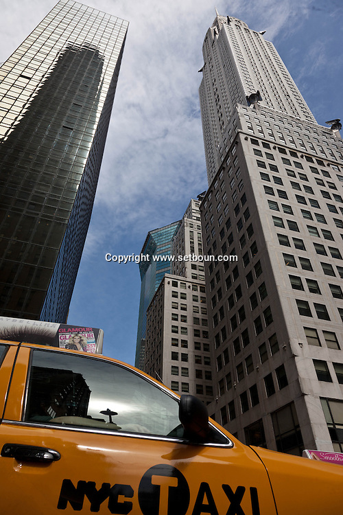 New York. The Chrysler building art deco  in midtown  New York, Manhattan - United states / le Chrysler  dans le quartier de midtown   Manhattan, New York - Etats-unis